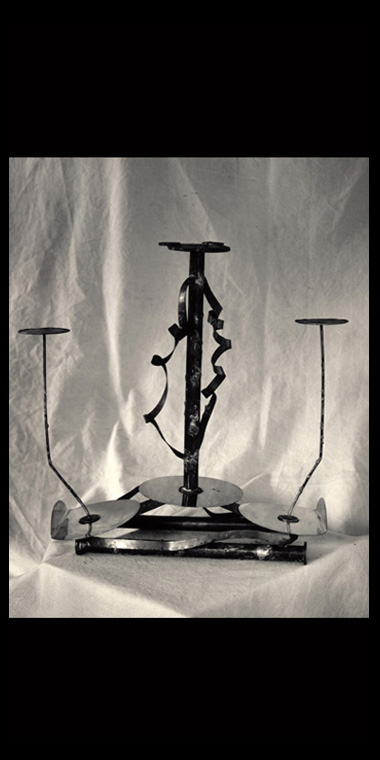 3 STEM TWIST CANDELABRA