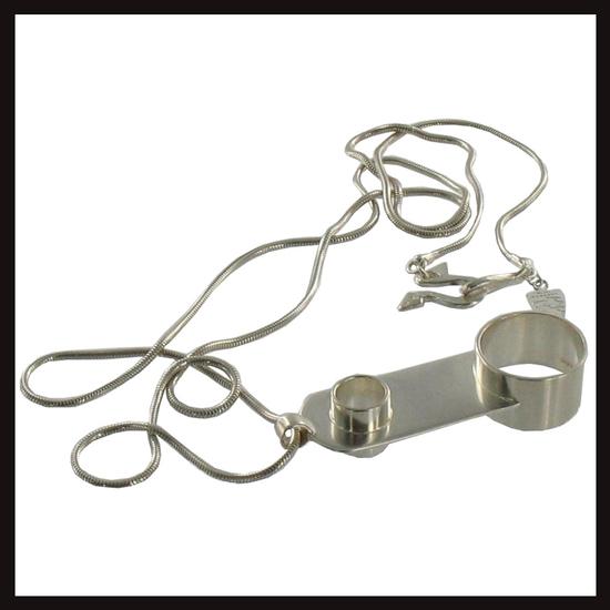 Smoking Ring Chain Pendant